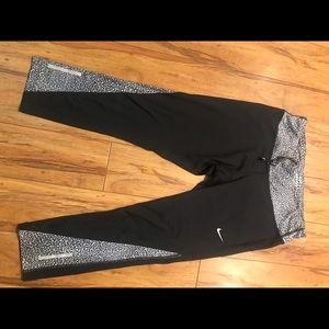 Nike Dri-Fit Capri legging